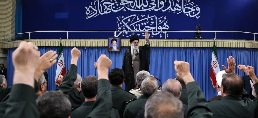 Khamenei Glorifies IRGC But Does Not Rule Out Adopting Financial Action Task Force (FATF) Standards, Which Harms IRGC, Regarded In The West As A Terror Organization