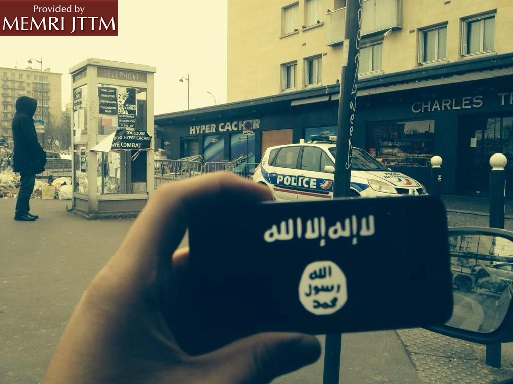 ISIS Supporters Circulate Photo Of ISIS Logo Displayed In Front Of Kosher Paris Supermarket
