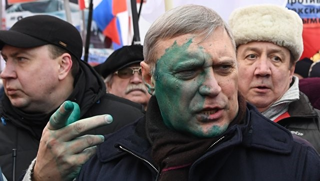 Kasyanov will not go to the police because of the incident with green paint