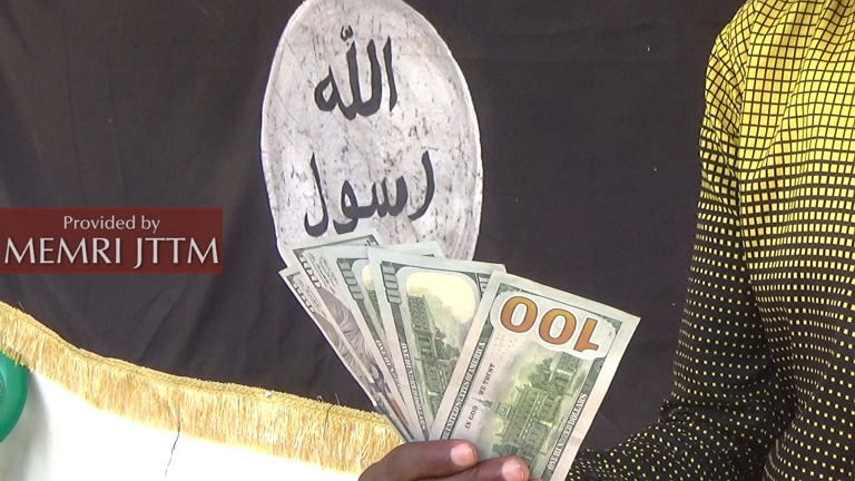 Al-Shabab Hands Out Cash To Families In Mogadishu