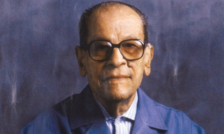 Egyptian Columnist Responds To Attack On Naguib Mahfouz's Work: In Egypt, There Is A 'Bizarre' Double Standard – We Fight Terrorism While Disregarding Salafi Incitement