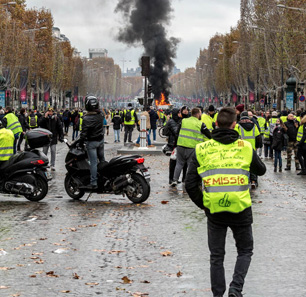 Against Backdrop Of 'Yellow Vest' Protests In France, Muslim Brotherhood Denies Involvement In Them – But Expresses Support For Protestors, Gloats Over Macron's Troubles