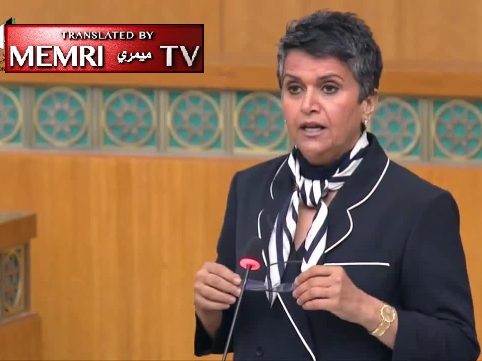 Kuwaiti MP to Colleague Who Refused to Sit Next to Her Because She Wore Perfume: I Will Kill You with a Chronic Headache