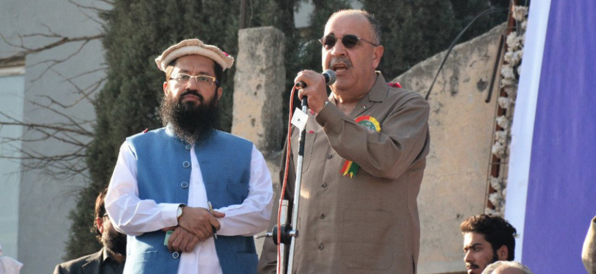 At 'Defense Of Jerusalem' Rally In Pakistan, Palestinian Authority Ambassador Shares Stage With Jihadi Commander Hafiz Saeed; Rally Includes Calls For Jihad To Liberate Jerusalem And Kashmir